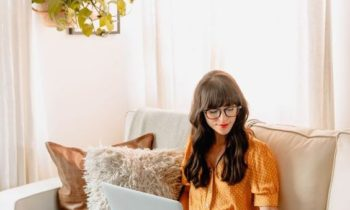 5 Healthy Habits for When You're Working From Home !!